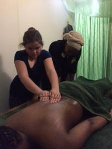 Lui thaimassage Thai oil massage class001